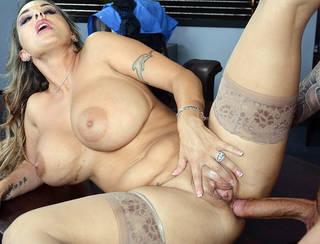 DESCARGA chicas desnudas.